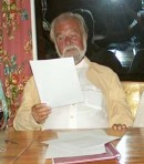 08-Elmar Gunsch liest aus seinem Gedicht