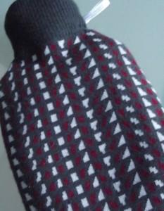 Strickpulli mit Kragen - das trägt Wärmflasche von Welt.