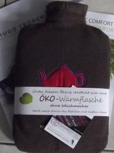 Hugo Frosch - Öko-Wärmflasche im kuscheligen Dress.