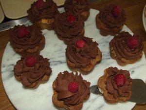 Orangen-Cup-Cakes mit Schoko-Topping (ausnahmsweise komplett nach Rezept)