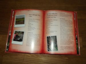 Ein Blick ins Booklet.