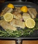 Seelachsfilet in der Grillpfanne zubereitet.