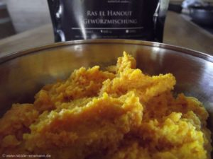Karottenpüree mit Ras el Hanout - interessant neuer Geschmack. Aber lecker.