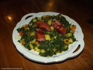 Grünkohl-Eintopf mit Kartoffel, Lauch und Kürbis