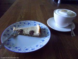Dalmatiner-Kuchen oder Käsekuchen mit Punkten