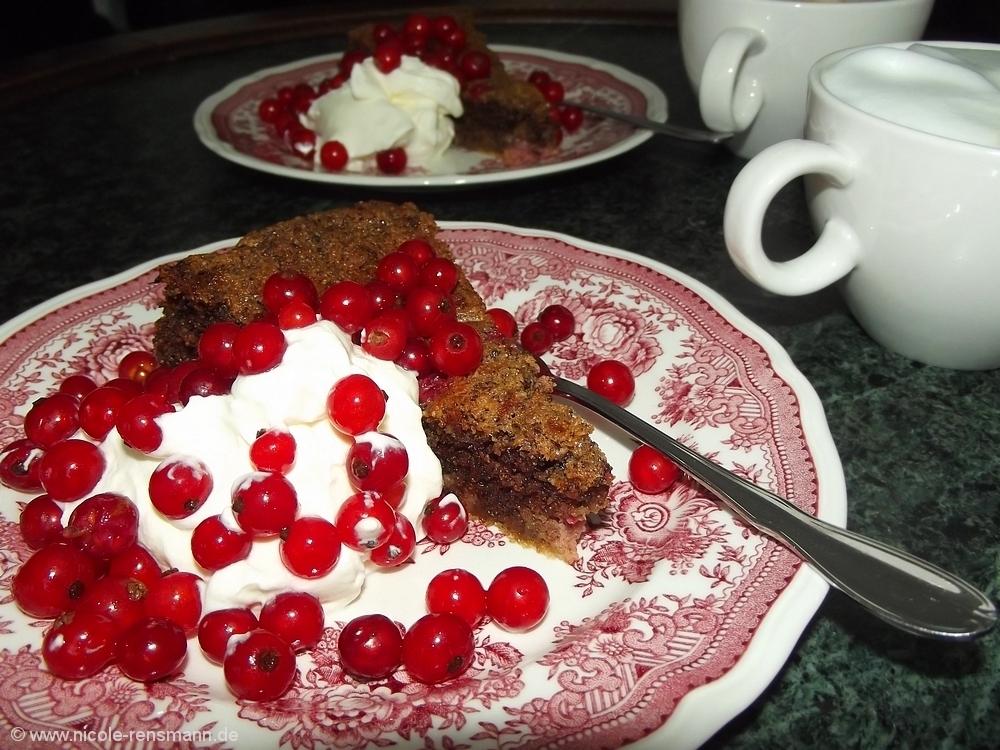 Nuss-Johannisbeer-Kuchen