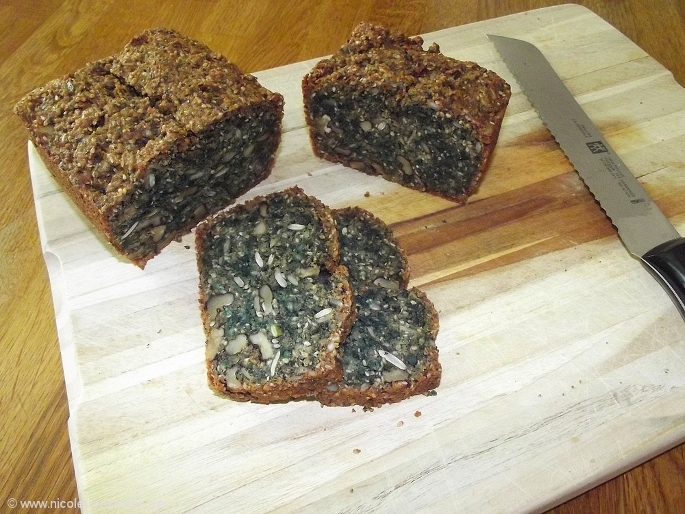 Low Carb Brot - interessante Farbe, feiner Geschmack