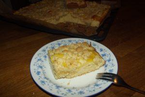 Streuselkuchen vom Blech mit Orangen-Vanillecreme