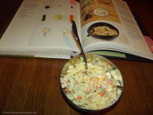 Weißkohlsalat mit Mayonnaise