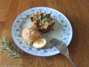 Linsengericht mit frittiertem Ei