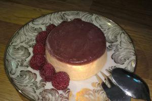 Weißweinsorbert mit Blaubeer-Aprikosen-Fruchspiegel