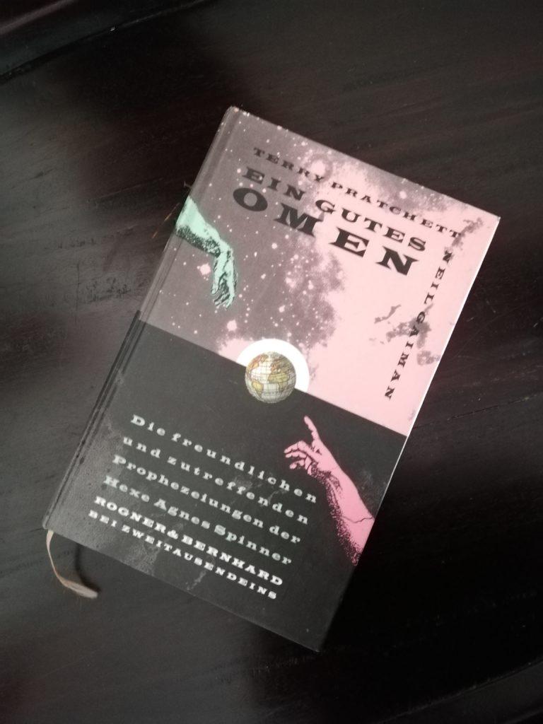 © Cover: »Ein gutes Omen« von Neil Gaiman  / Terry Pratchett / Rogner & Bernhardt