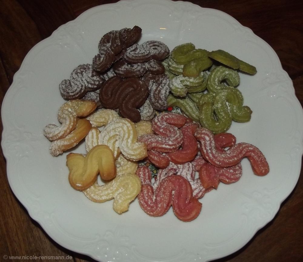 Rot, gelb, grün sind alle meine Kekse – Natürlich färben – Nicole ...